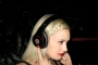 gwen-stefani-beats-by-dre-headphones