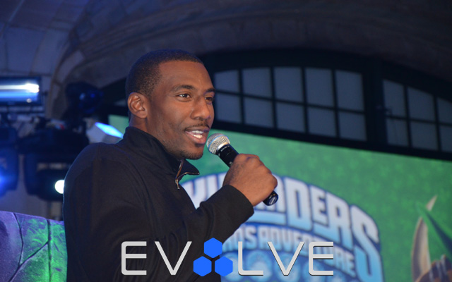 2011 NYCC Amare Stoudemire Activision