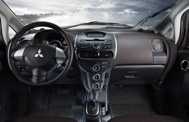 Mitsubishi i-MiEV interior