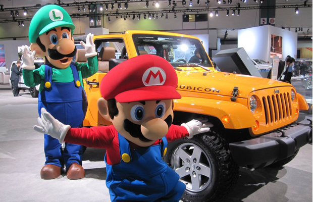 gallery nintendo brings mario kart to la auto show. Black Bedroom Furniture Sets. Home Design Ideas