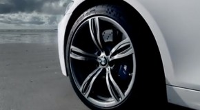 Video: 2012 BMW M5 Cruises On The Beach