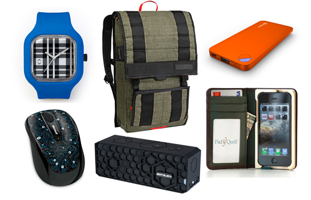 Awesomer x Evolve Tech Gear Essentials