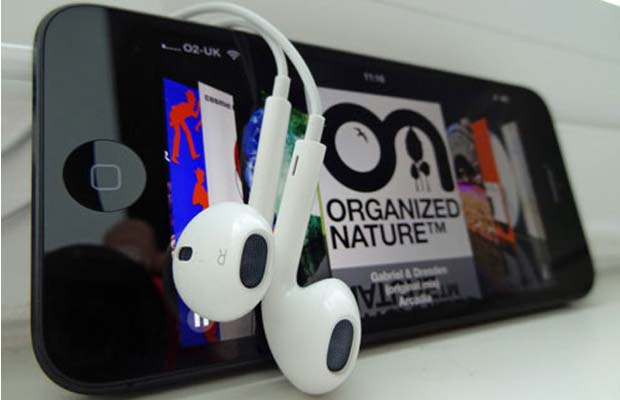 Apple Voice Detection headphones