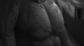 "[Update] Zack Snyder Reveals New Batmobile & Batsuit for ""Batman vs. Superman"""