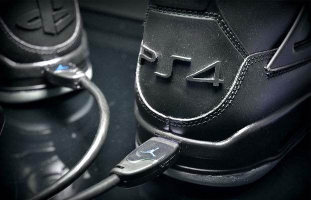 JRDN 4 X PS4 Sneakers