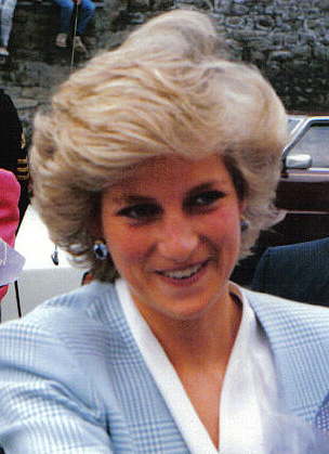 Princess_diana_bristol_1987_crop