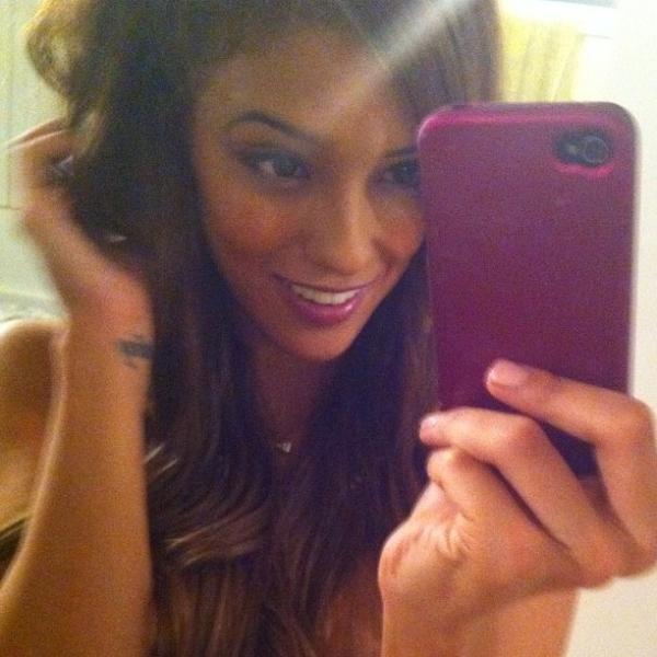 Melanie Rios Twitter