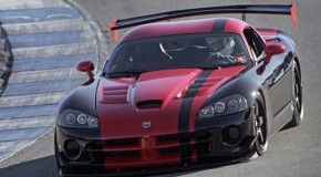 Video: Dodge Viper SRT10 ACR Sets New Nurburgring Record Time