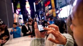 Techsperts Share Mixed Samsung Galaxy S4 Reactions