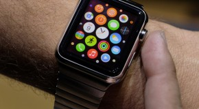 """One Developer Claims the Apple Watch """"Literally Does Nothing…"""""""